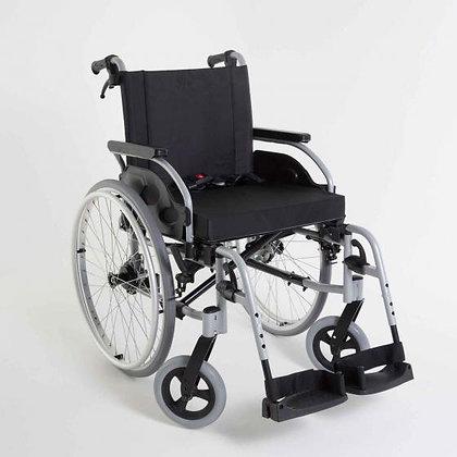 Rollstuhl - Invacare Action 1R, Greifreifenantrieb zum Selbstfahren