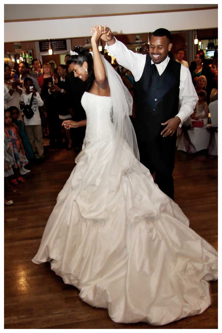 1ST DANCE Photos by  Simeon  Thaw copyright 2014 (24).jpg