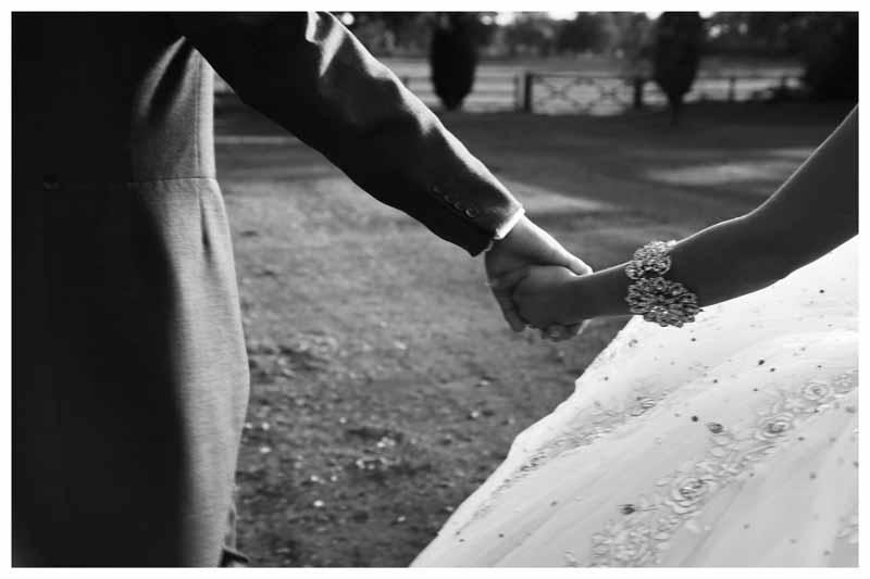 BRIDE & GROOM Photos by  Simeon Thaw copyright 2014 (12).jpg