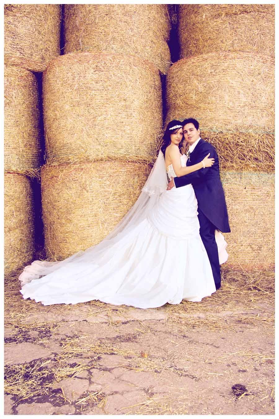 BRIDE & GROOM Photos by  Simeon Thaw copyright 2014 (90).JPG