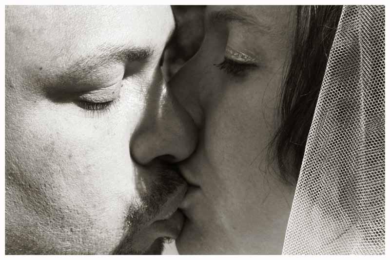 BRIDE & GROOM Photos by  Simeon Thaw copyright 2014 (141).jpg