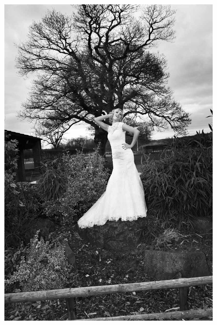 BRIDE Photos by Simeon Thaw copyright 2014 (49).jpg