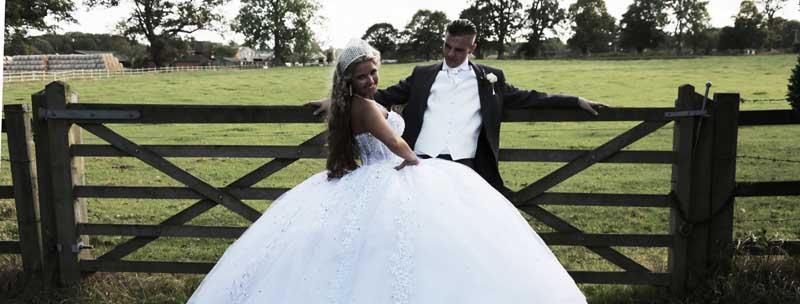 BRIDE & GROOM Photos by  Simeon Thaw copyright 2014 (9).jpg