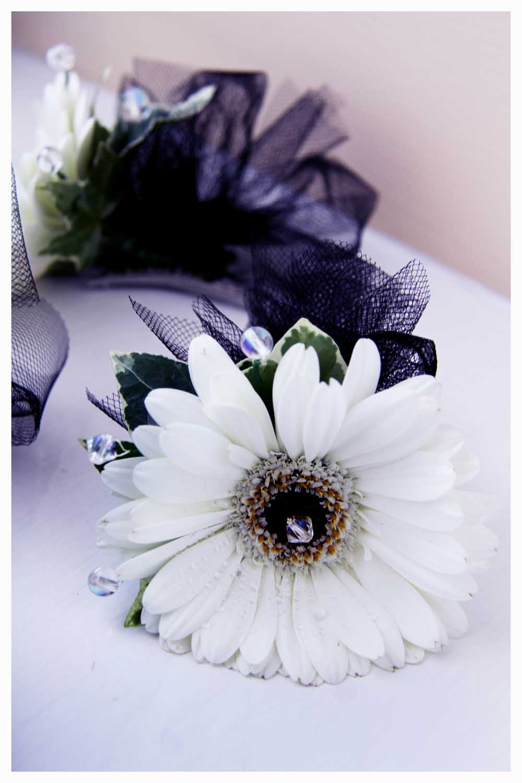 FLOWERS photos by Simeon Thaw copyright 2014 (12).jpg