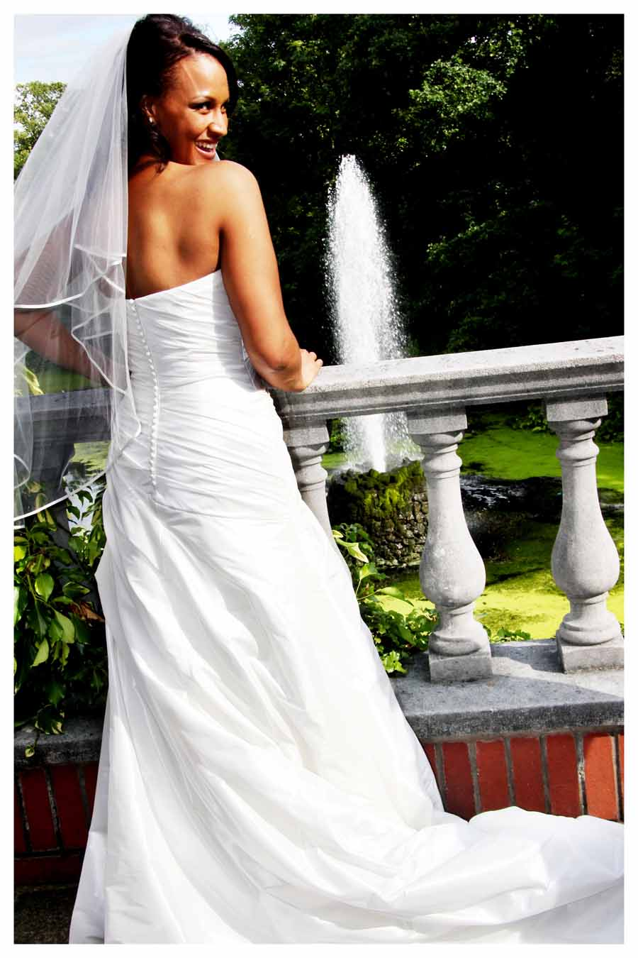 BRIDE Photos by Simeon Thaw copyright 2014 (13).jpg