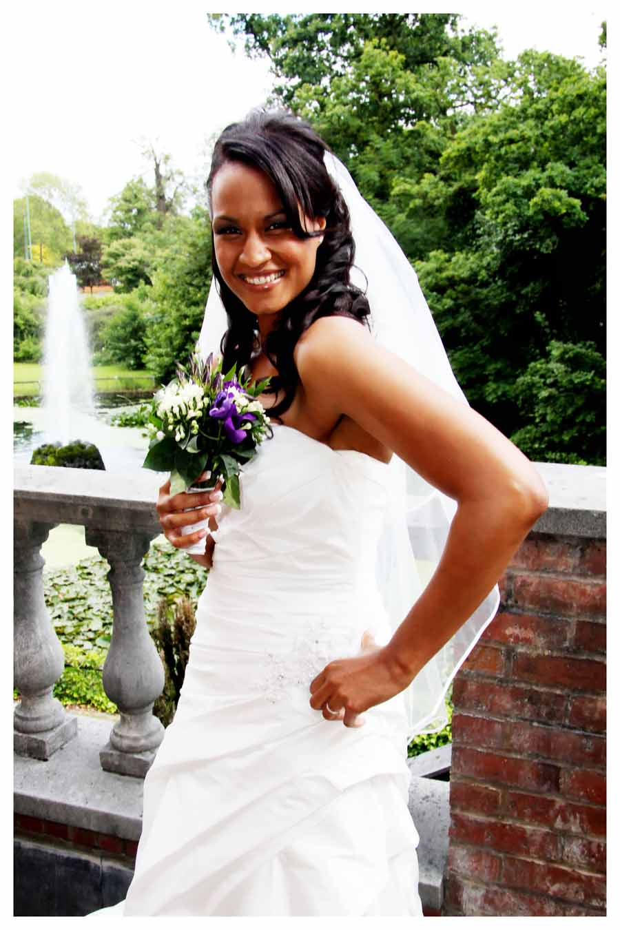 BRIDE Photos by Simeon Thaw copyright 2014 (16).jpg