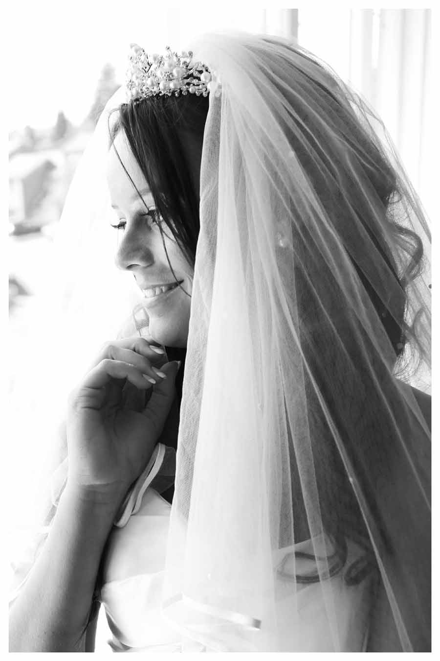 BRIDE Photos by Simeon Thaw copyright 2014 (30).jpg