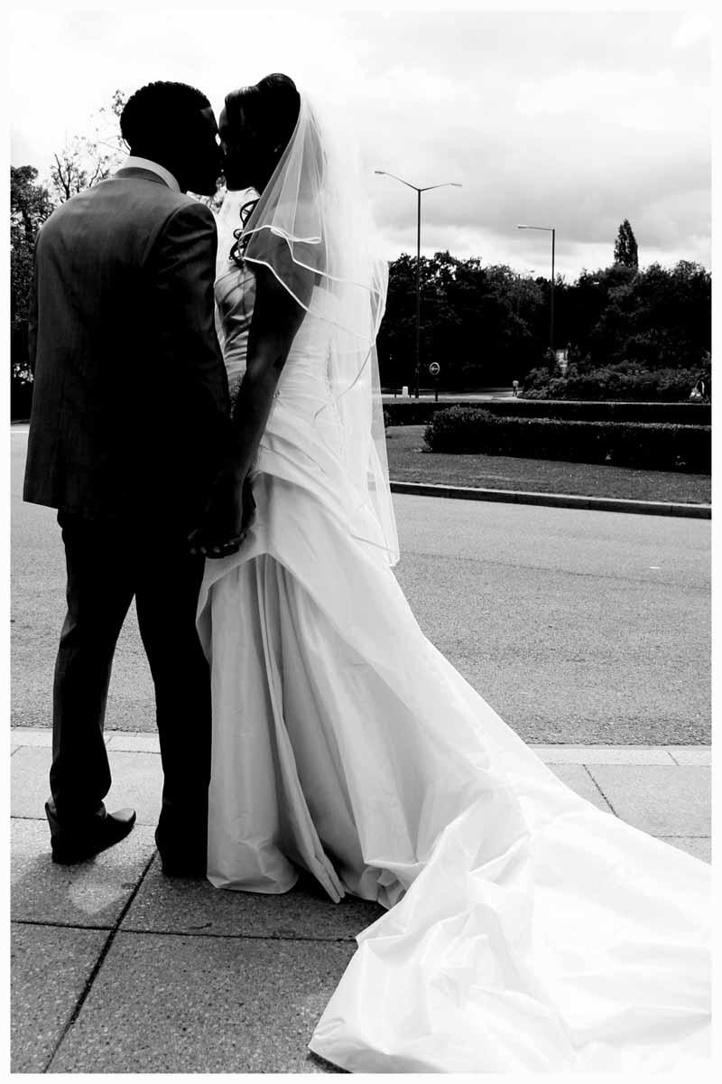 BRIDE & GROOM Photos by  Simeon Thaw copyright 2014 (109).jpg