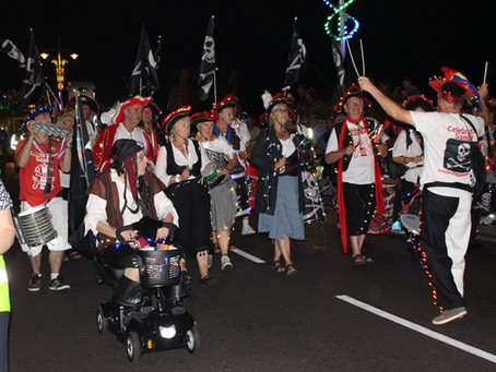 Up the front, along the prom and through the town  - Bognor illuminated Procession 2019