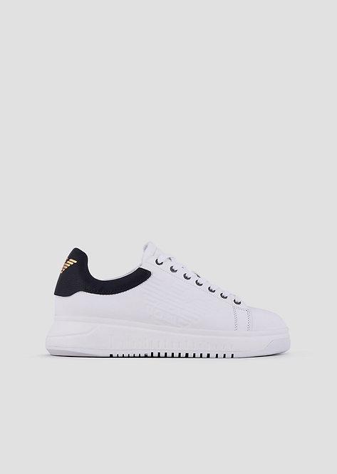 Sneakers emporio armani en cuir avec logo en relief sur le côté X4X180XL1831B139