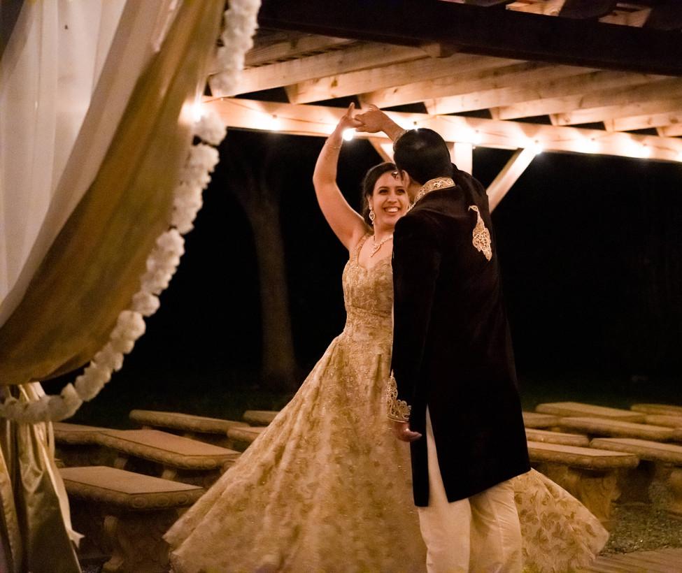Hill Country Wedding Venue- Nightime und