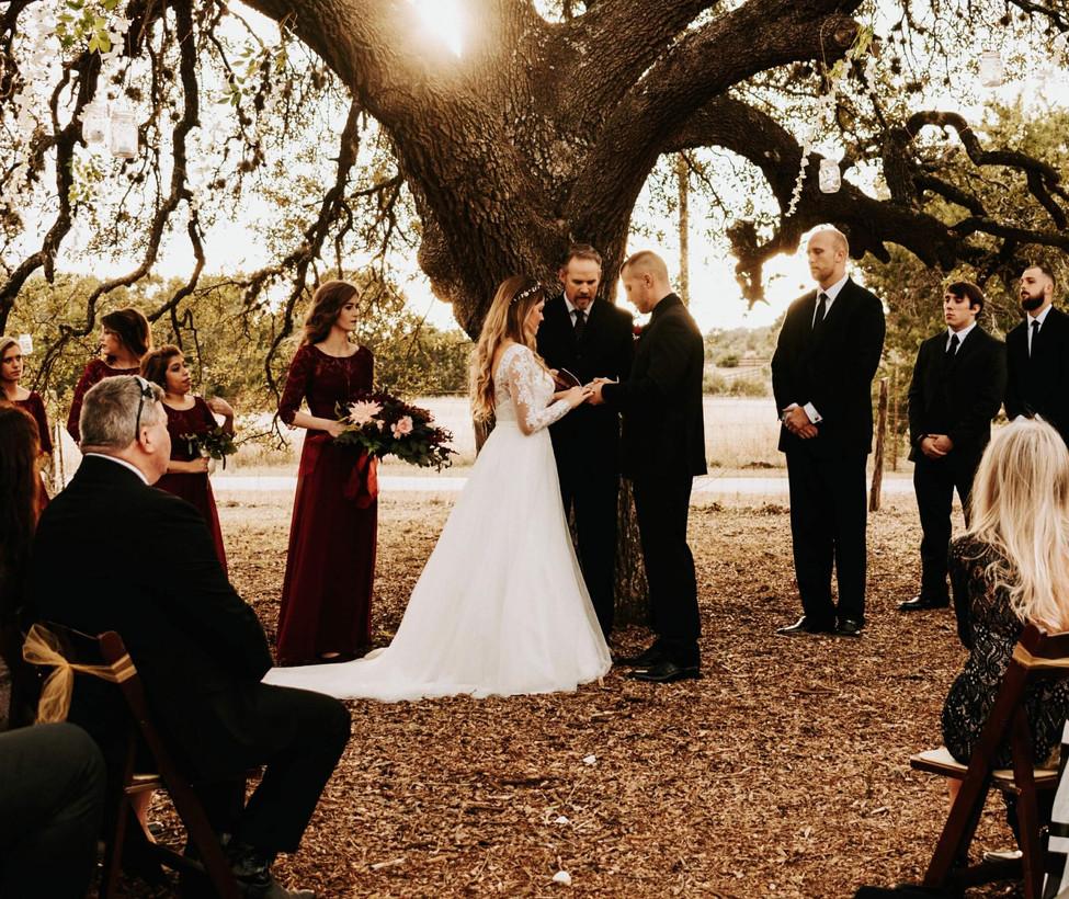 Wimberley Wedding Venue- Wedding under O