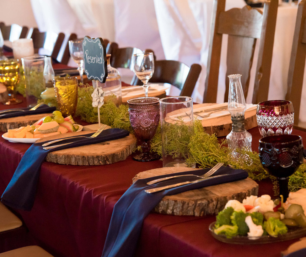 Hill Country Wedding Venue- Dinner Decor