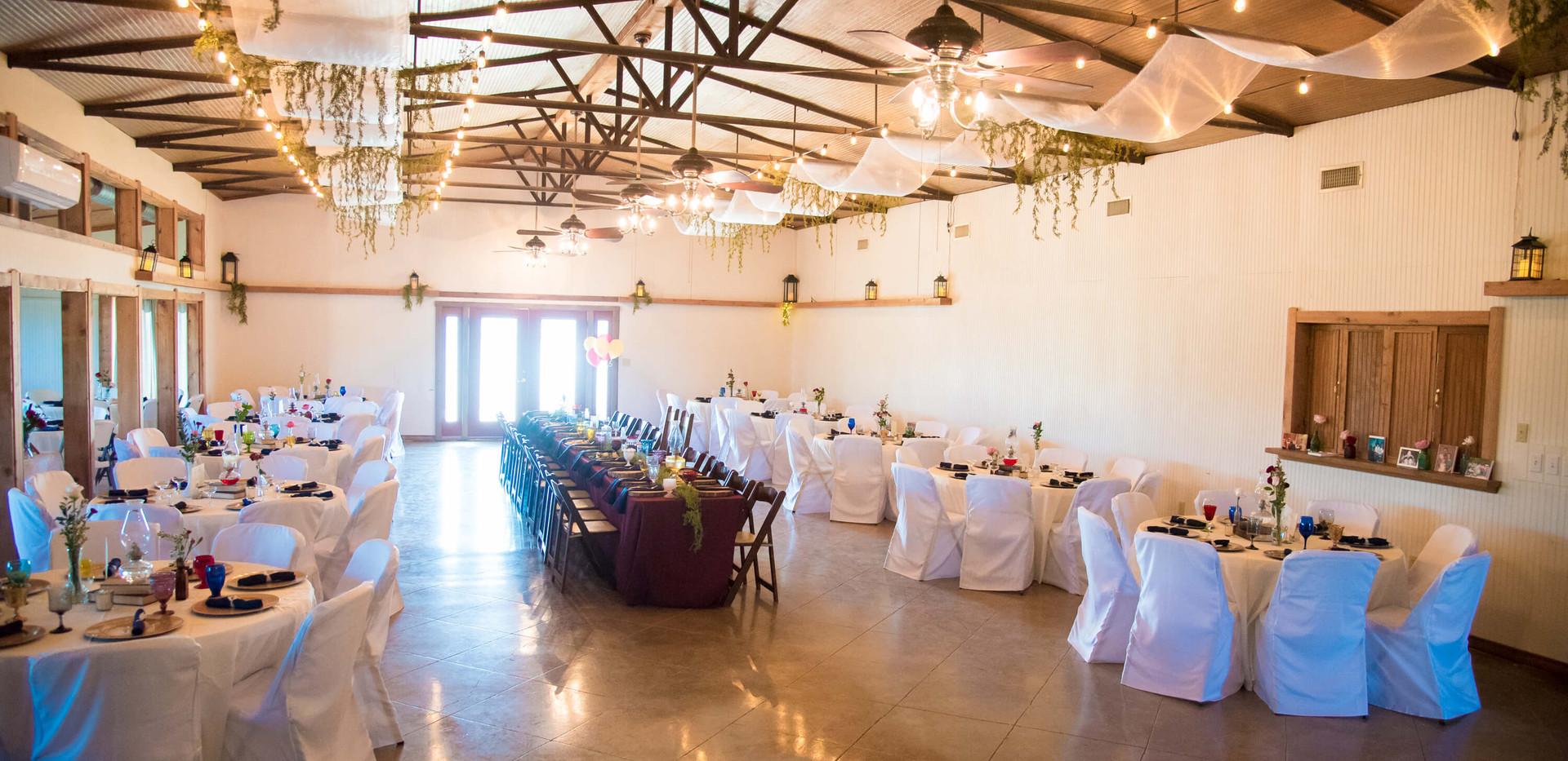 Wimberley Wedding Venue- Dining & Dance