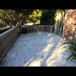 I hope you're enjoying the beautiful weather!! ☀️Check out this limestone patio