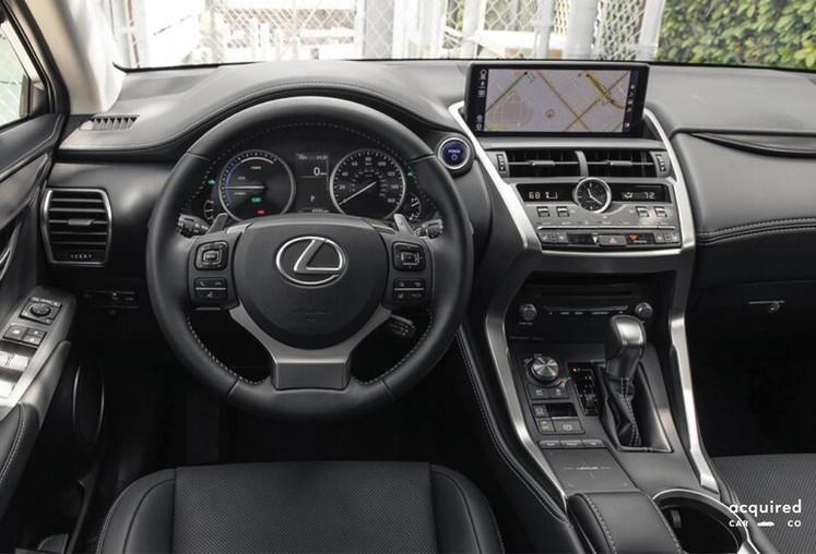 medium_lexus_nx_300h_-_steering_wheeljp
