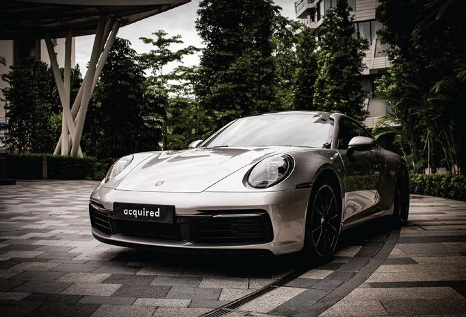 Porsche 911 Carrera S-02-min.png
