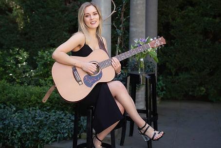 Acoustic Musician