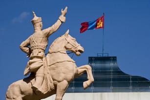 Ulaan Baatar - Sükhbaatar (1)-min.jpg