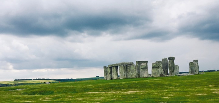 Henges and burial mounds on the Salisbury Plain