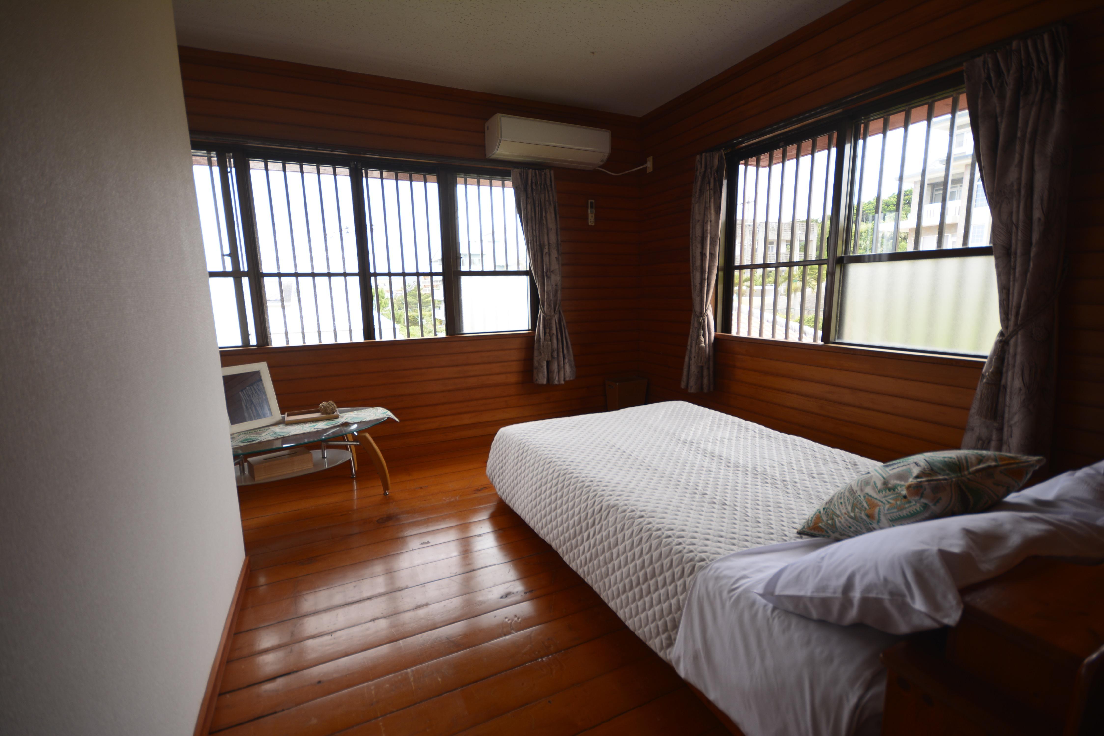 2階ベッドルーム(定員1~2名)