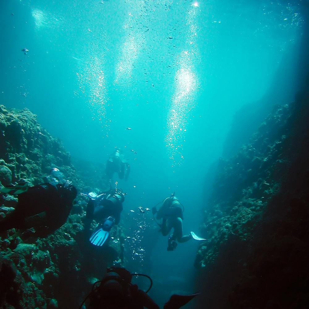 島で体験ダイビング