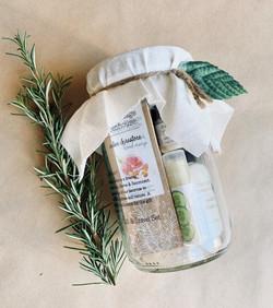 Cottage Greenhouse Gift Sets