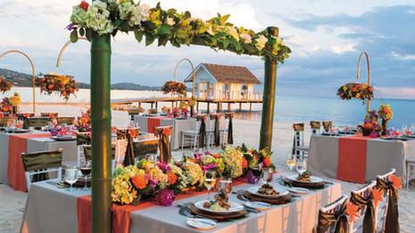 Sandals-wedding-reception-on-beach-o7x3p