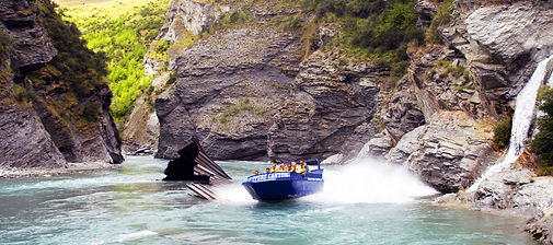 skippers-canyon-jet-boat-ride-gold-minin