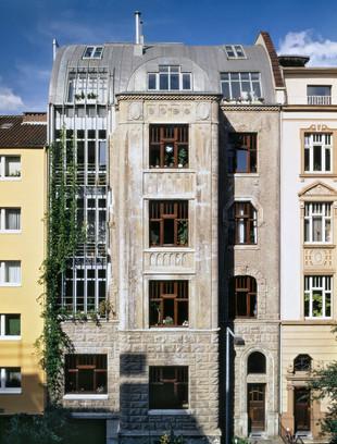 Hülchrather Straße 3