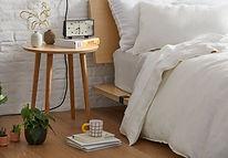 earth-minimalist-decor-module-hero__desk