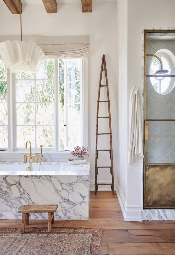 Roundup of Some of Our Favorite Bathrooms of 2019