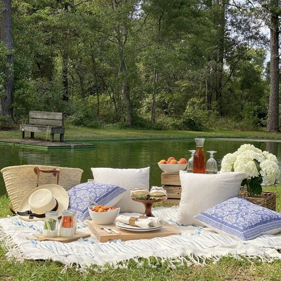 Backyard Picnic How-to