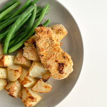 Chicken Schnitzel w Green Beans & Potato Roasties