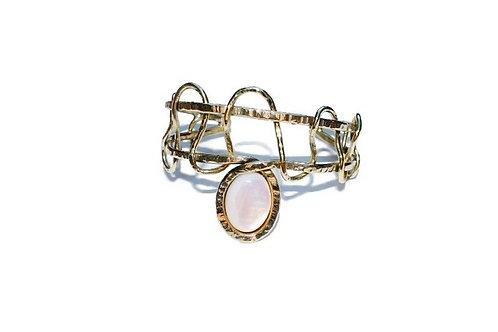 Bracelet et sa nacre en laiton