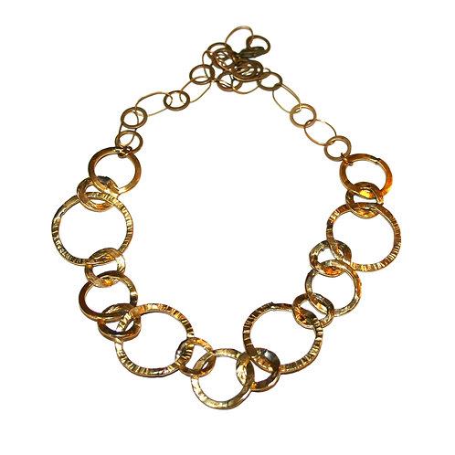 Collier anneaux en laiton martelé