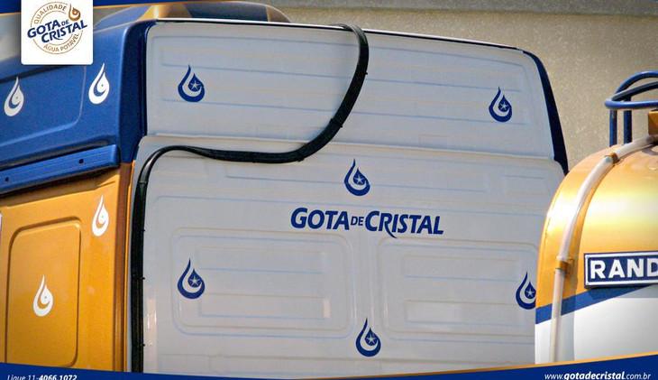 caminhao_pipa_gota_de_cristal_agua_potav