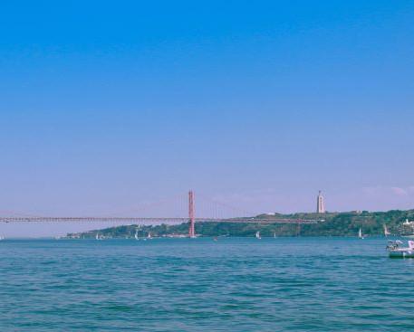 גשר 25 באפריל-ליסבון