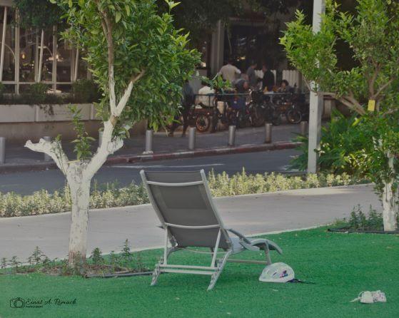 תל אביב-שבת שמשית. שלווה