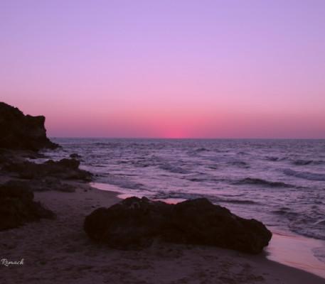 שקיעה ורודה בחוף פלמחים
