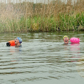 Cold water & fast currents: the challenges of open-water swimming in winter