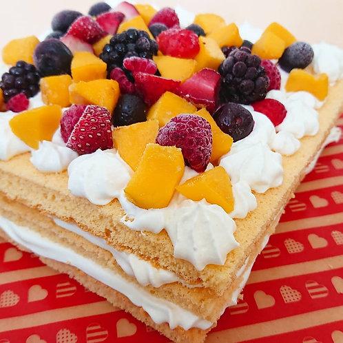お祝いフルーツケーキ
