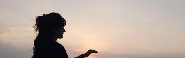 #Repost _neha_nandwani ・・・_Sunsets are b