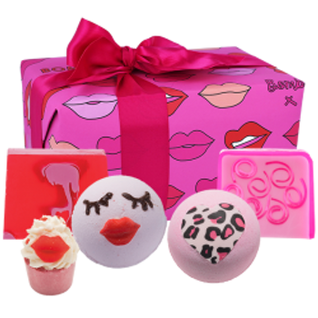 Bath Bomb & Soap Gift Set (Lip Sync)