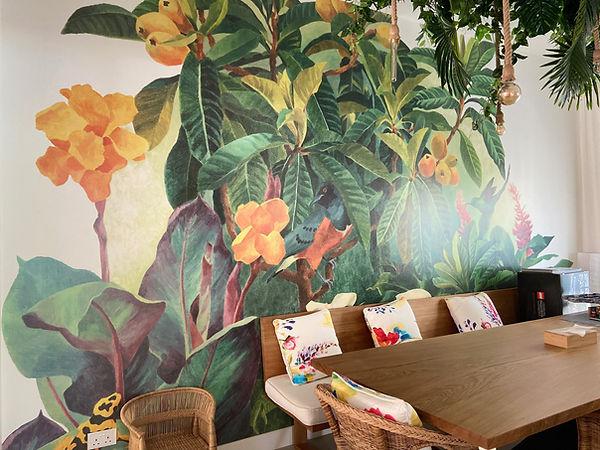 Dinign Room Tropical