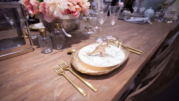 Table Decor BLM