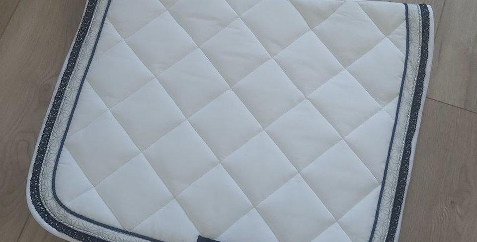 tapis asanoha et dentelle