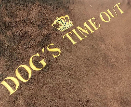 Dog's Time Out Decke Braun