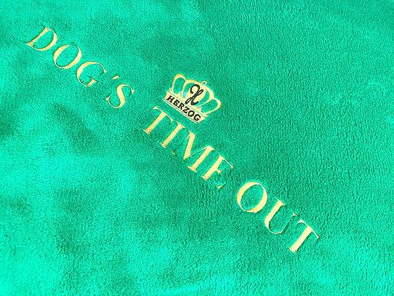 Dog's Time Out Decke Grün Gold