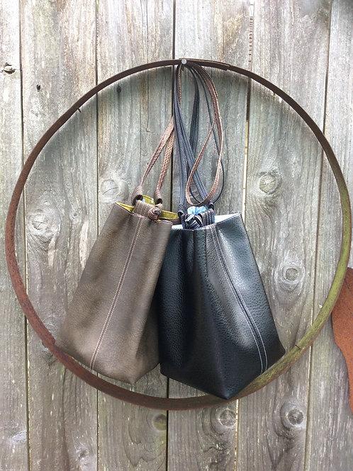 Daisy Hobo Bag